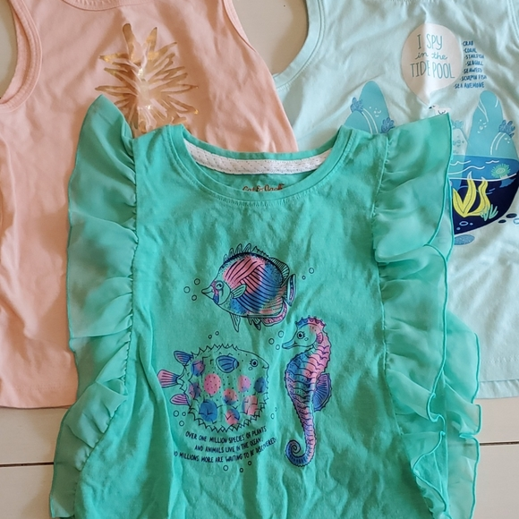 🐠Cat and Jack 5T tank top bundle🐡